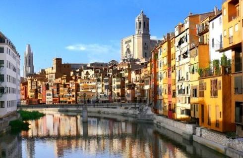 f56e9b7b-9718-4468-abc4-e4ffddd0072d_Girona_490x330
