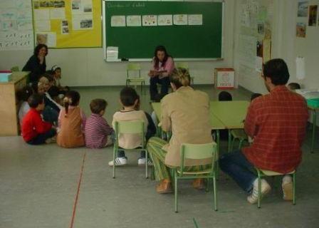 07-08_fem_escola_expliquemcontes1
