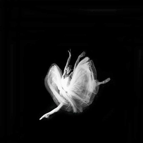 dia-de-la-danza-exposicion-dia-de-la-danza-programacion-de-musica-de-danza-en-el-museo-conferencia-a-cargo-de-pilar-espona-4545