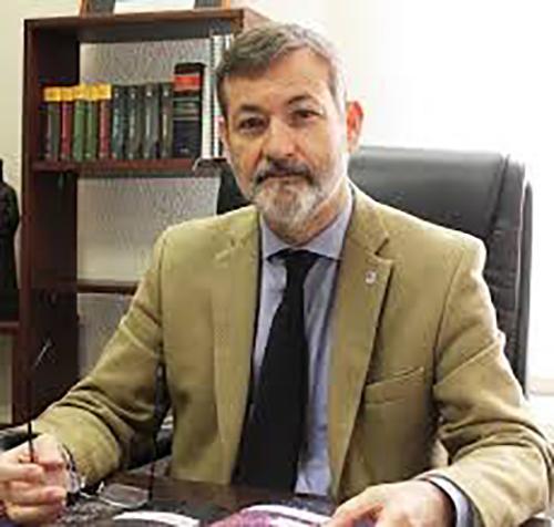 El rector de la Universitat Abat Oliba CEU, Rafael Rodríguez-Ponga